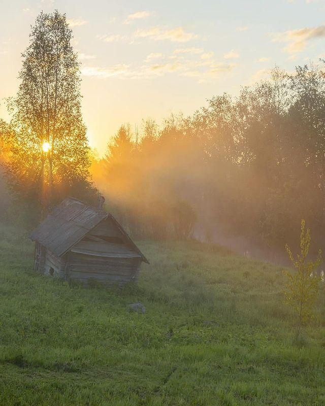 Деревня, рассвет, лето, река, баня Банькаphoto preview