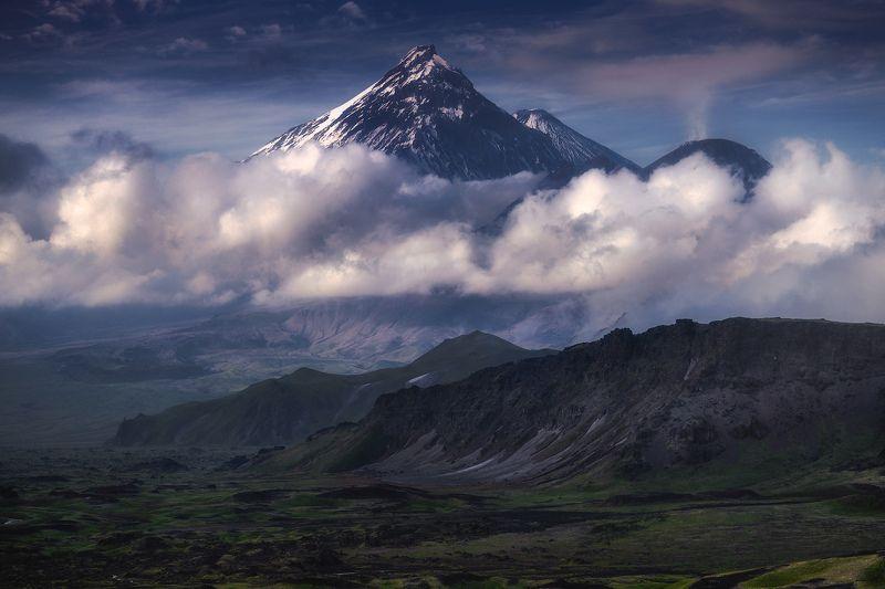 камчатка Три вулканаphoto preview
