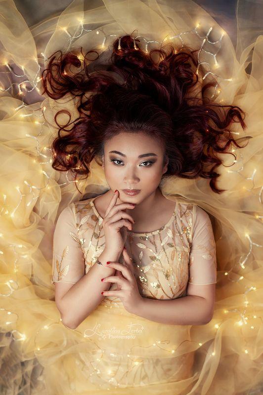 lights, yellow, fairy, goddess, богиня, желтый, гирлянда, ткань Goldphoto preview