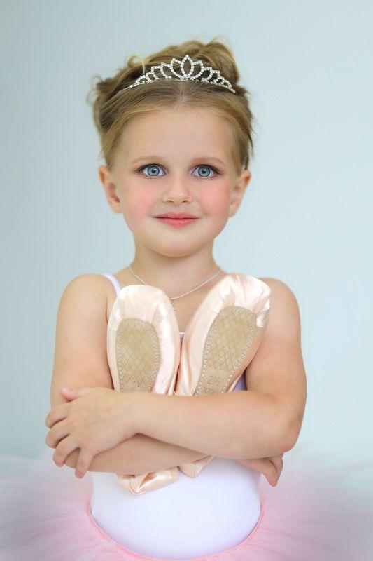 Юная балерина photo preview
