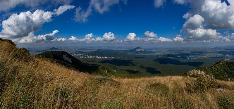 сентябрь,облака,бештау,полдень,панорама,пейзаж Сентябрьский полденьphoto preview