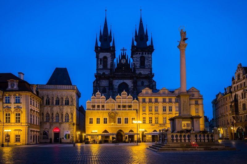 prague, old town square, cityscape, city, city light, square, прага, город, архитектура, городской пейзаж,  площадь Old Town Square before sunrise, Praguephoto preview