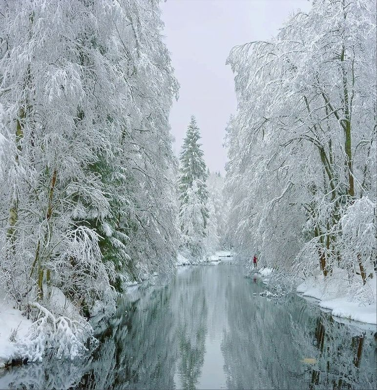 Зима, река, сказка В гостях у сказкиphoto preview