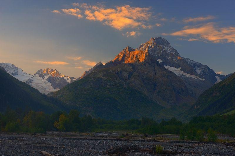 горы осень река аксаут Аксаутphoto preview