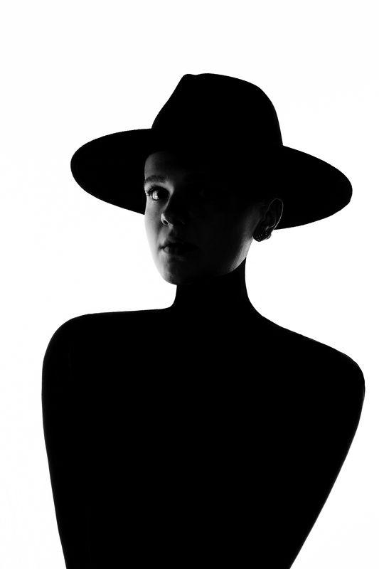 девушка мода гламур фэшн черно-белое шляпа силуэт \