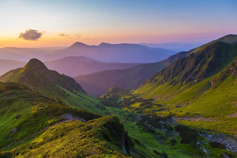 Утро в горах фото превью