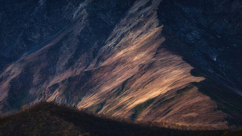 Абстракции гор...photo preview