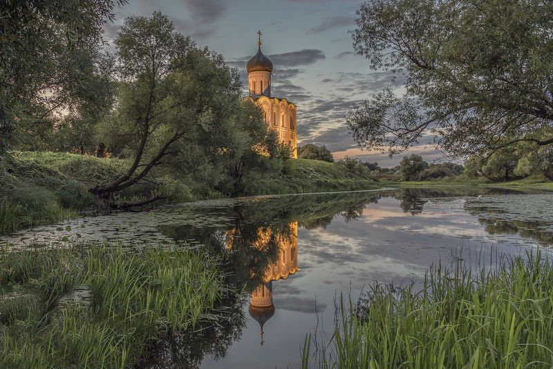 Церковь Покрова на Нерлиphoto preview