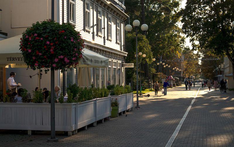 город,архитектура,курорт,юрмала,сентябрь,осень,йомас,люди,отдых,путешествия,латвия, Сентябрь в Юрмале...photo preview