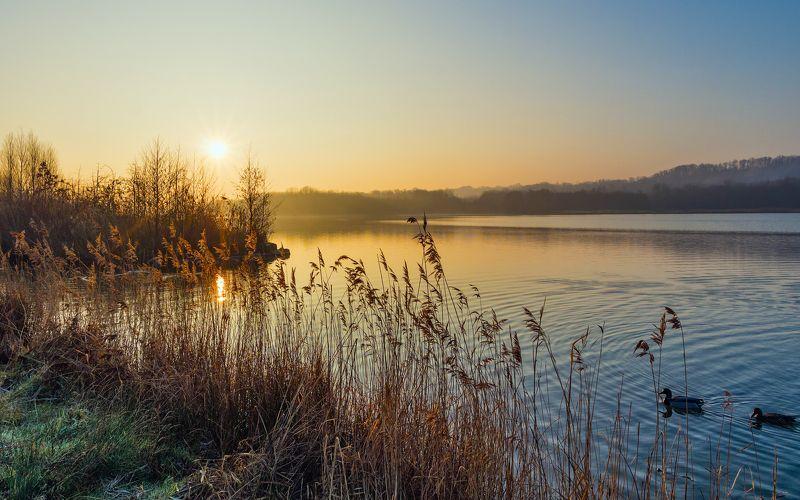 пейзаж утро озеро горы Тихое утроphoto preview