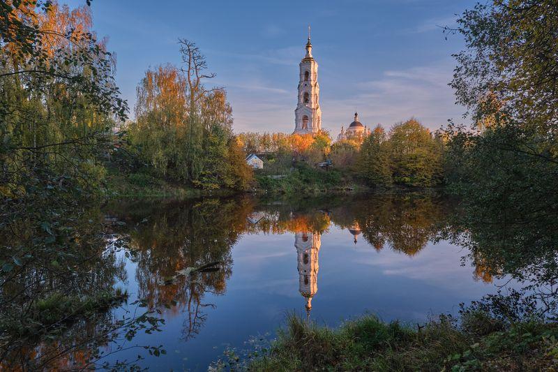 вечер,закат.храм,пруд,отражение вечер в Авдотьиноphoto preview