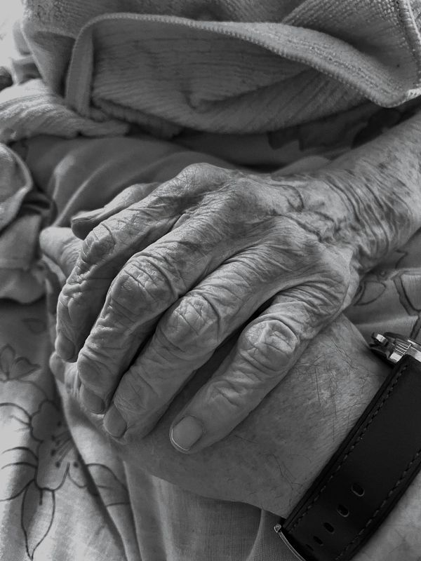 рука матери фото превью