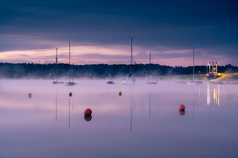 Poland, Polska, Kielce, Świętokrzyskie, lake, jezioro, morning, poranek, sunrise, wschód słońca, mist, mgła, boat, statek Between night and dayphoto preview