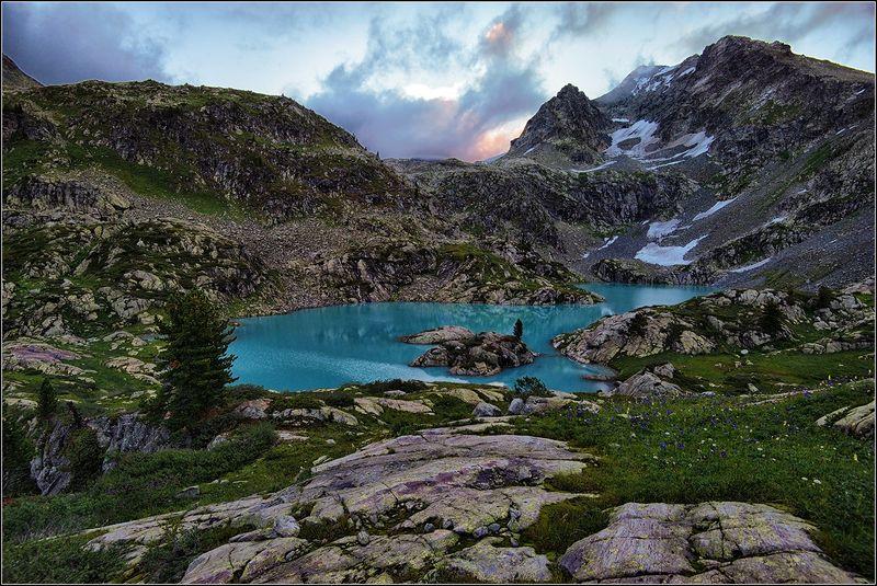 алтай, катунский хребёт, горное озеро *  *  *photo preview