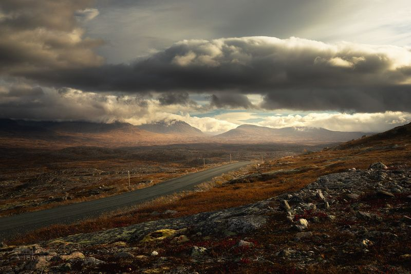 mountains,light,clouds,sylan,norway,autumn,morning,cloudy,sky, Heavy light фото превью