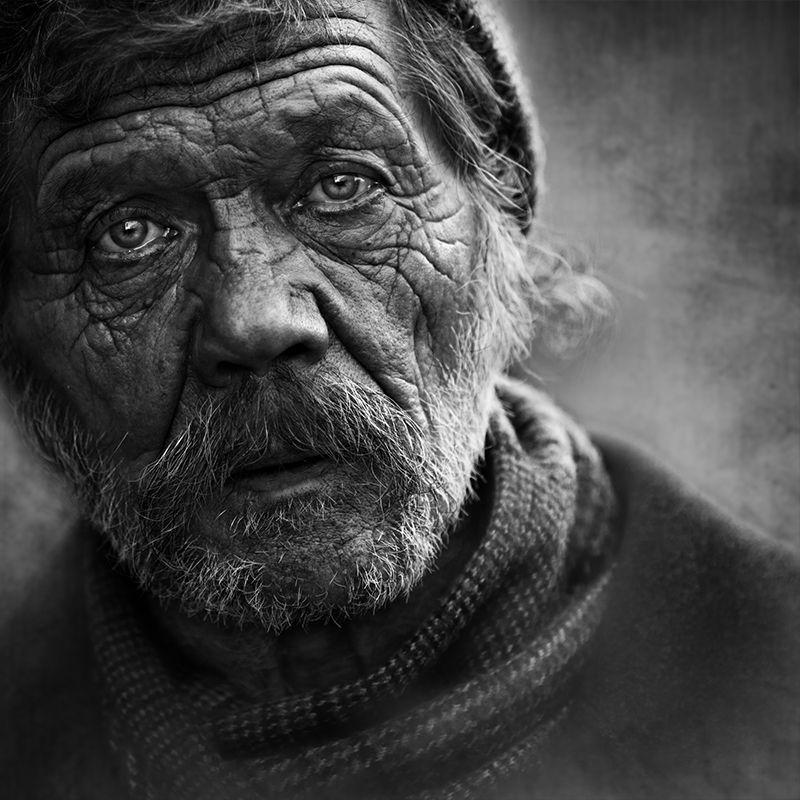 портрет, квадрат, калинин юрий ,ч/б фото, уличная фотография, юрец, люди, лица, город, санкт-петербург ,фотограф, лица протеста куда качнётся маятникphoto preview