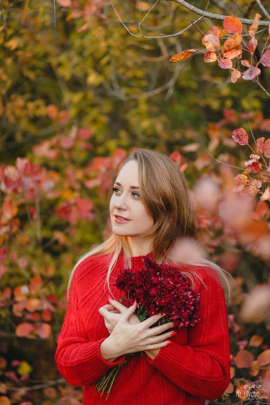 Ира и осеньphoto preview