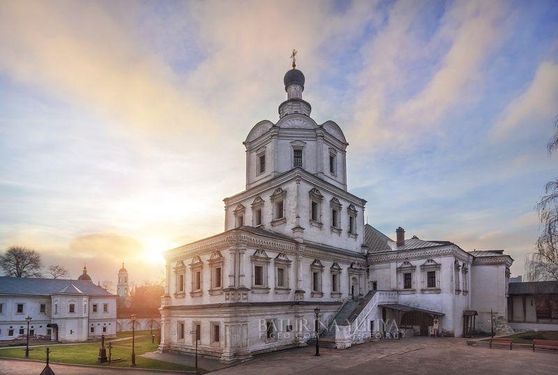 андроников монастырь,москва Архангельский храмphoto preview