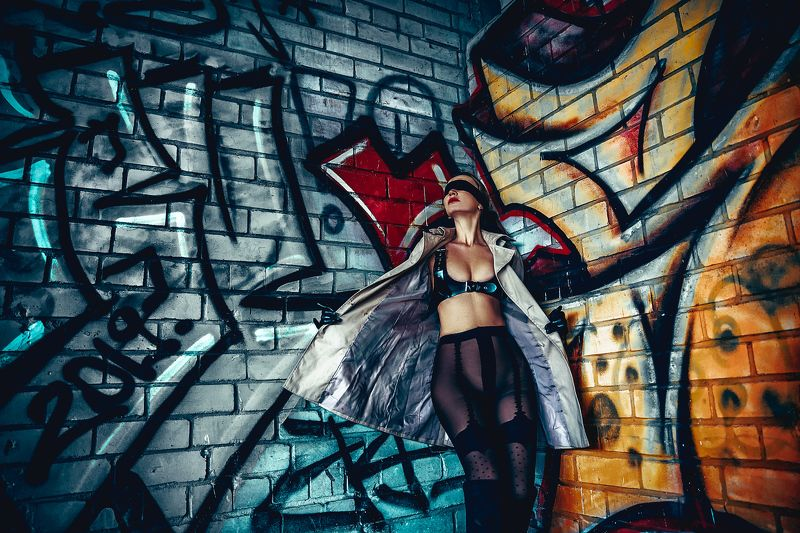 woman, portrait, fashion, beauty, outdoors Blind GraffitiBlind Graffitiphoto preview