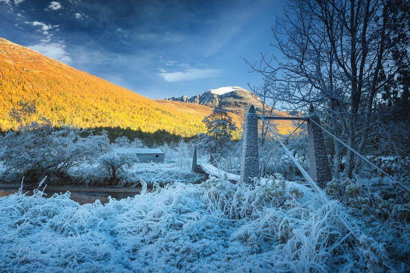 frost,frosty,autumn,autumnal,mountains,trollheimen,norway,norwegian,north,bridge Autumn vs Winter фото превью