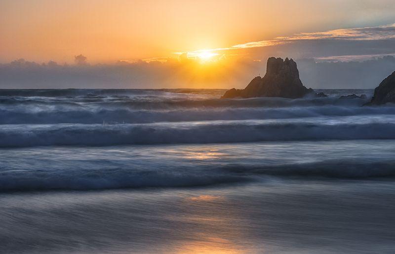 #BEACH #SUNSET #SUNSTAR #SUN #SEA #WAVES MOOD WAVESphoto preview