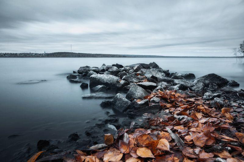осень, листья, пруд, камни, пейзаж В ритме осениphoto preview