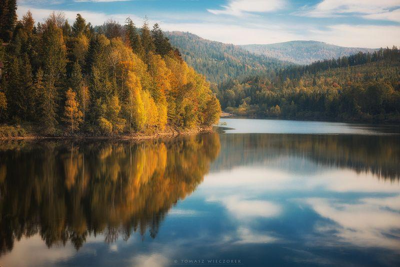 landscape, poland, light, autumn, awesome, amazing, sunrise, sunset, lovely, nature, travel, forest, trees, orange, shadows, reflection, lake, mountains Autumn\'s reflection фото превью