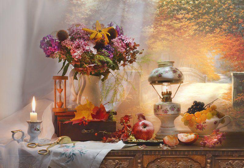 still life, натюрморт, цветы, фото натюрморт, калина, осень, октябрь,виноград ,лампа, настроение, подсвечник,  свеча, свеча, кленовые листья Осенний блюз поет моя душа…photo preview