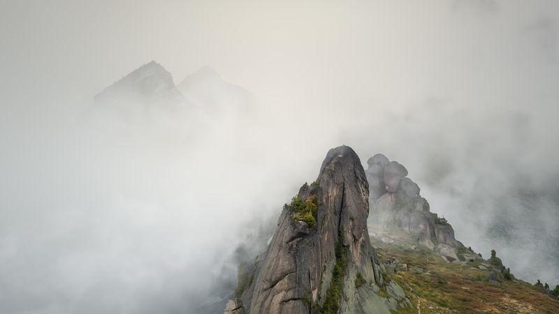 природа, пейзаж, горы, саян, слоники, звездный, сибирь, красноярский край, скалы Скальный массив «Слоники»photo preview