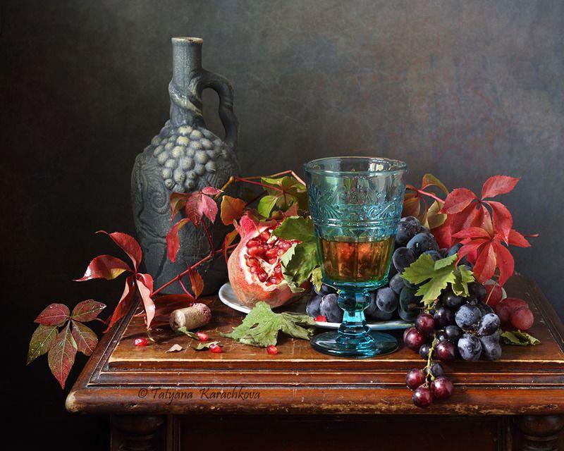 натюрморт, виноград, фужер фрукты, вино Натюрморт с бирюзовым фужером.photo preview