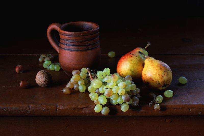 натюрморт, фотонатюрморт, осень, фрукты, груши, виноград, наталья казанцева Гостинчик от Осениphoto preview