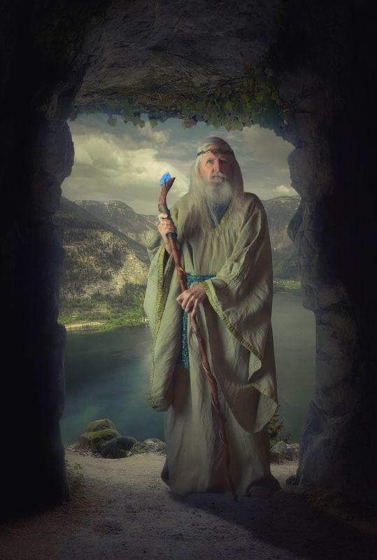 пещера, старик Отшельникphoto preview