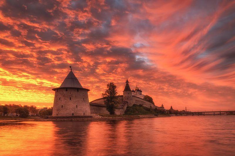 псков, пейзаж, Утро у Кремляphoto preview