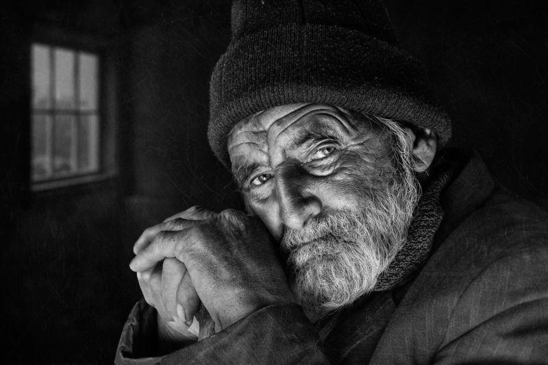 #portrait   #people  #man #eye #look #hand #window Old Man Alone photo preview