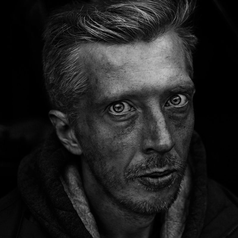 портрет, квадрат, калинин юрий ,ч/б фото, уличная фотография, юрец, люди, лица, город, санкт-петербург ,фотограф, лица протеста, street portrait photo preview