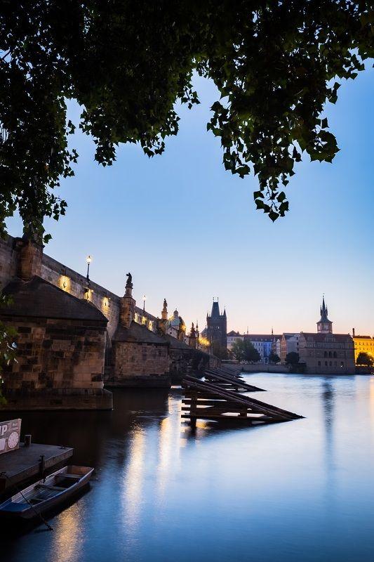 architecture, charles bridge, morning, city, old town,  bridge, prague, прага, мост, карлов мост, архитектура, flashlight, фонари Praguephoto preview