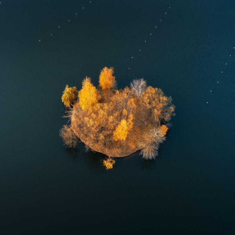 осень,остров,природа,вода,пейзаж,дрон Кляксаphoto preview