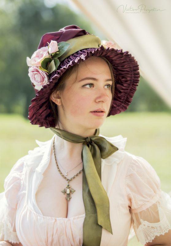 женский портрет из истории...photo preview