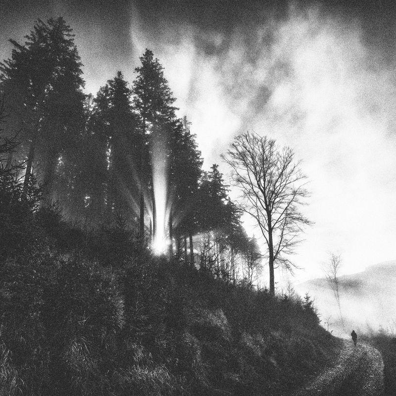 landscape,autumn,mountains,canon,black&white A Way Through the Hills... фото превью
