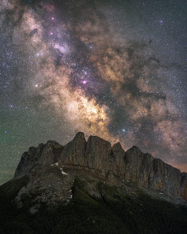 звезды, большой тхач, кавказ, адыгея, весна, астро, ночь, milky way, млечный путь, ачешбоки, чертовы ворота Озаряясь нимбомphoto preview