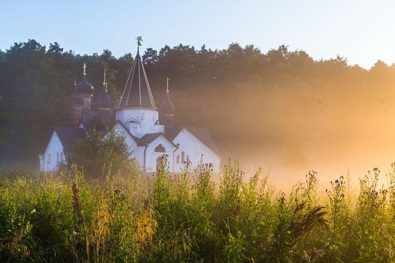туман, источник, купель, пейзаж, девушка, фотограф, утро Пощуповоphoto preview