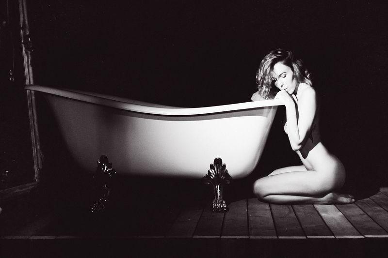 woman, portrait, nude, indoors, blackandwhite The White Bathphoto preview