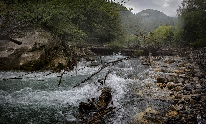 Горные реки Кавказаphoto preview