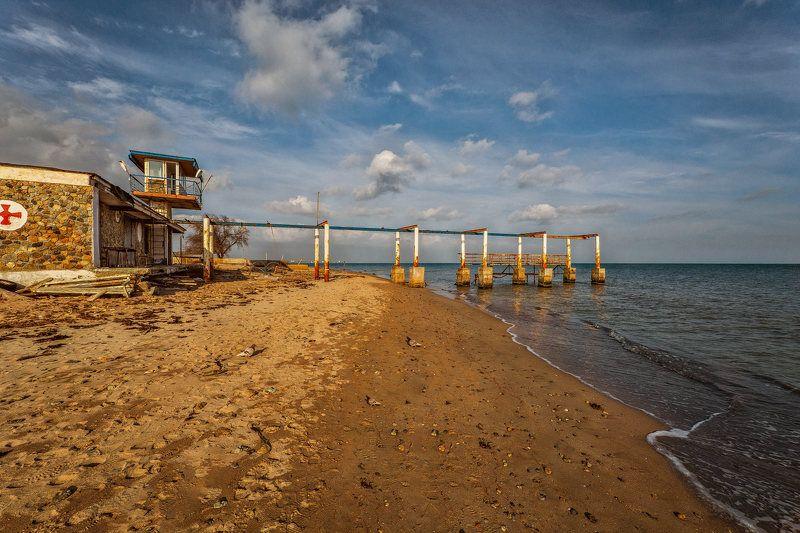 март у самого Черного моряphoto preview