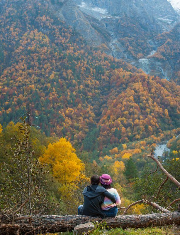 влюбленные в осеньphoto preview