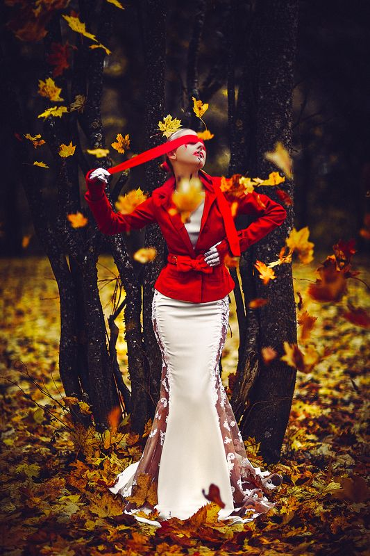 woman, portrait, fashion, beauty, outdoors The Blind Autumnphoto preview