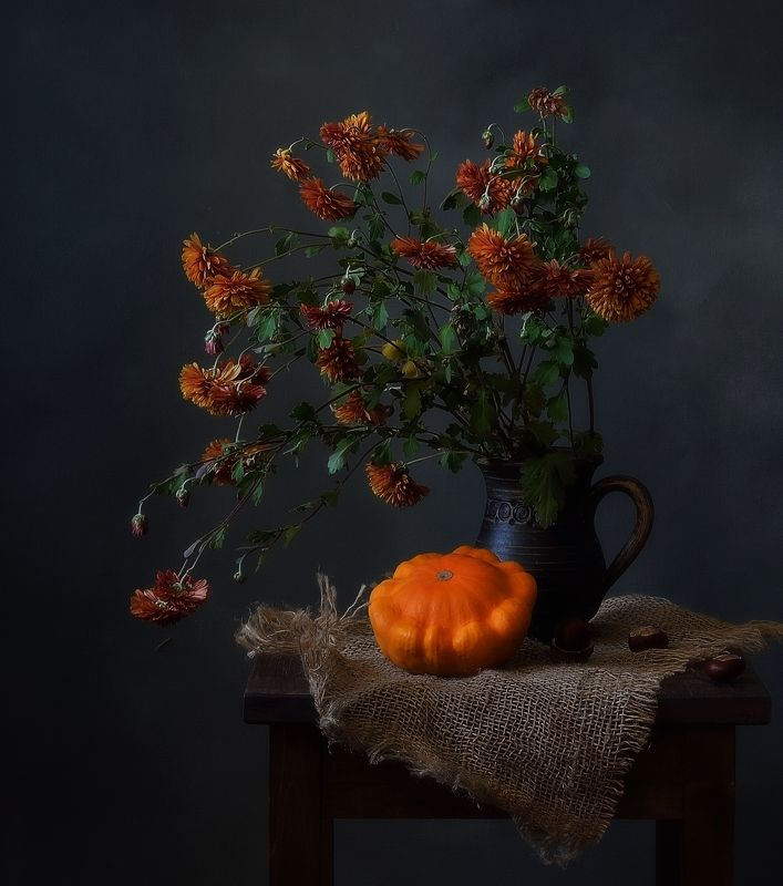 натюрморт,композиция,хризантемы,патиссон,осень с патиссоном)photo preview