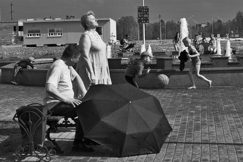 фонтан, лето, город, апатиты Солнышко выглянулоphoto preview