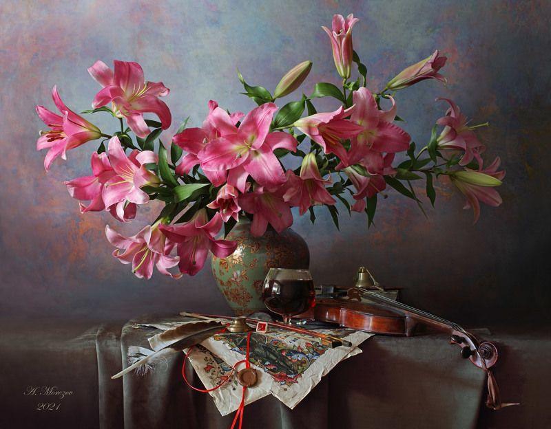 цветы, лилии, букет, скрипка, музыка Натюрморт со скрипко и лилиямиphoto preview