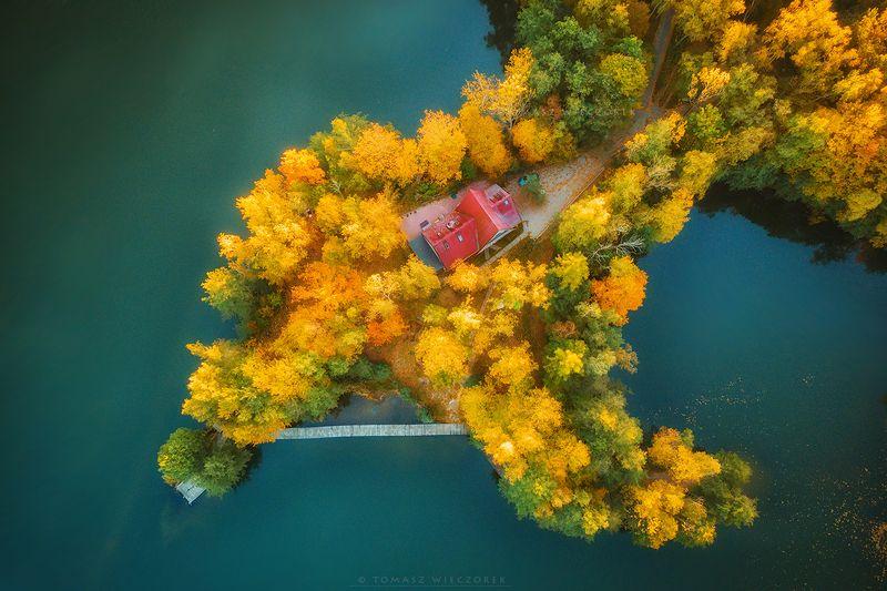 landscape, poland, light, autumn, awesome, amazing, sunrise, sunset, lovely, nature, travel, drone, trees, orange, shadows, dji, lake, colors, island, cottage, house Cottage on the islandphoto preview